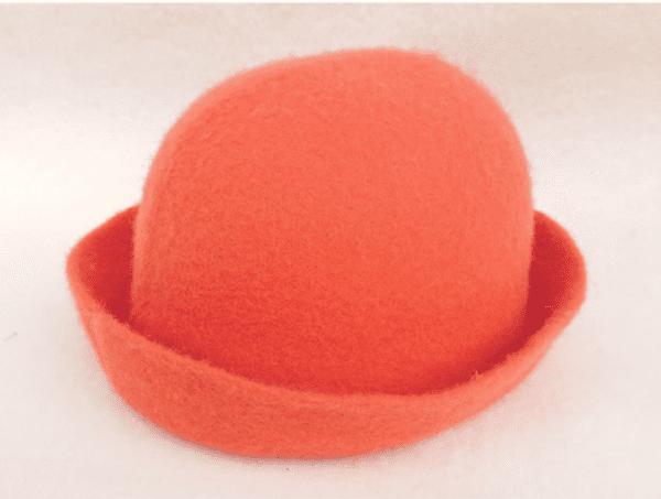 punainen-saunahattu