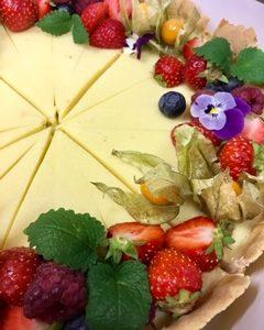 Sitruunakakku | Design Hillin oman leipomon kakku