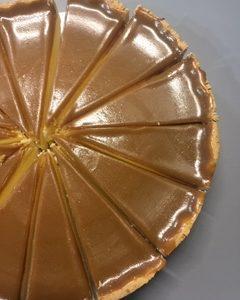 Suolainen kinuskijuustokakku | Design Hillin oman leipomon kakku